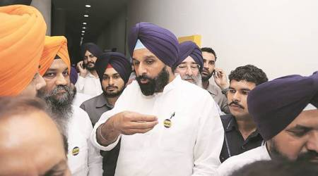Punjab Cabinet: Minister flags 'VIP' passage to Majithia