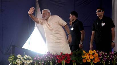 Narendra Modi birthday, PM Modi birthday, modi tribal birthday, tribes in Limkheda, latest news, modi gallaery, modi birthday pictures, indian express