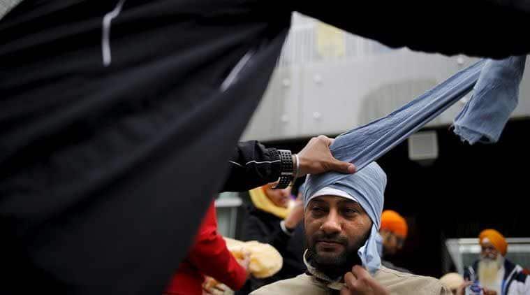 sgpc act amendment, sikh gurudwara amendment, sahajdhari sikhs, amritdhari sikhs, amrinder singh, bhagwant mann, sukhbir badal, akali dal, shiromani akali dal, guru granth sahib