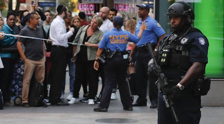 New York, police chase, New York police chase, meat cleaver, attacker, police attacked in NY, New York news, US news, world news, latest news, Indian express