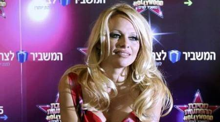 Pamela Anderson, Pamela Anderson hot, Pamela Anderson sexy, Pamela Anderson erotic, Pamela Anderson nude, Pamela Anderson naked, Pamela Anderson erotic story, Pamela Anderson sexy storyteller, Pamela Anderson erotic fiction, Pamela Anderson playboy, Pamela Anderson slams pornography claims, Entertainment, indian express, indian express news