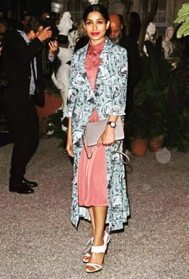 Freida Pinto in Burberry. (Source: Instagram/tanghavri)