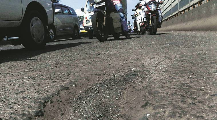 Diwali, potholes, Maharashtra Navnirman Sena, Mumbai potholes, Mumbai roads, Mumbai Diwali, news, latest news, India news, national news