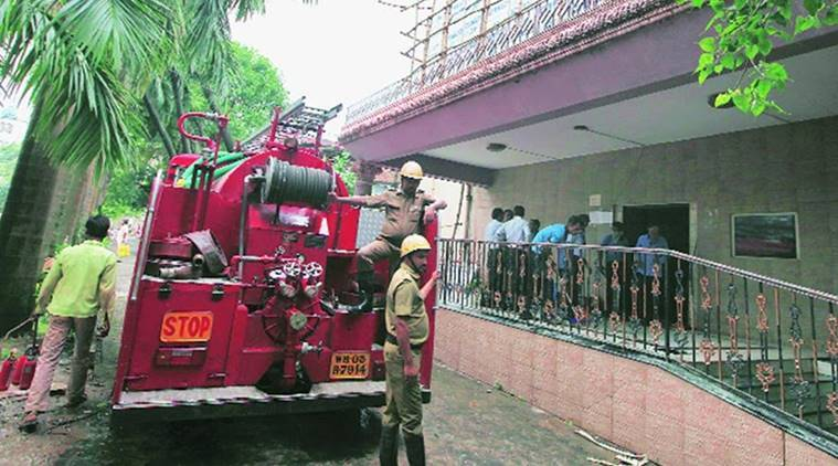 Kolkata, presidency college, fire, presidency fire, college fire, one injured, student, student injured, india news, indian express