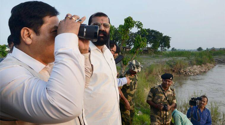 Sarbananda Sonowal, Sonowal, Indo-Bangla border, India Bangladesh, Bangladesh India, Sahapara Border Outpost, news, latest news, India news, national news