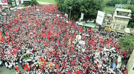 Two thousand protesters from Thane join MarathaMorcha