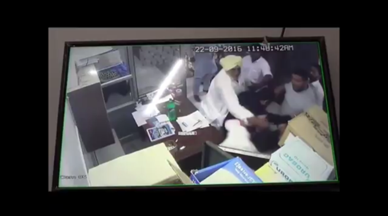 punjab, punjab police, punjab sarpanch, sarpanch thrashes nurse, sarpanch beats nurse, punjab news, india news