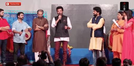 Anil Kapoor Shows How He Dances During GanpatiCelebrations