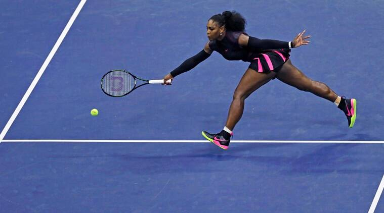 Serena Williams, Serena Williams Tennis, Tennis Serena Williams, Serena Williams WTA Finals, Serena Williams Injury, Serena Williams injured, Serena Williams injured shoulder, Sports