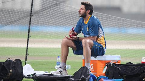 Shahid Afridi, Saeed Ajmal dropped from PCB central contract list