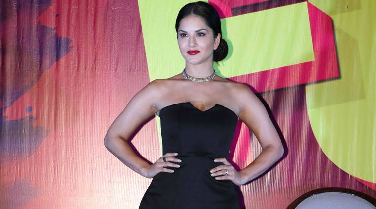 Sunny Leone app, sunny app, sunny Leone e-commerce, sunny leone ranveer Singh, sunny leone Sonam Kapoor, social media, Bollywood news, indian express news, indian express