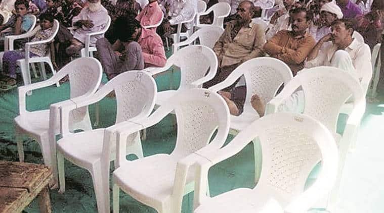 Surat meet chaos, Amit shah meet chaos, Amit shah, BJP meet gujarat, Patidar Anamat Andolan Samiti, Vijay Rupani, Gujarat, surat news, India news