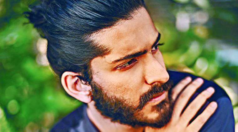 Harshvardhan Kapoor, Harshvardhan Kapoor bollywood debut, Harshvardhan Kapoor debut, Harshvardhan Kapoor movies, Harshvardhan Kapoor screenwriting, Harshvardhan Kapoor Anil Kapoor, Harshvardhan Kapoor Mirzya, Mirzya, Mirzya release date, bollywood, entertainment, entertainment news