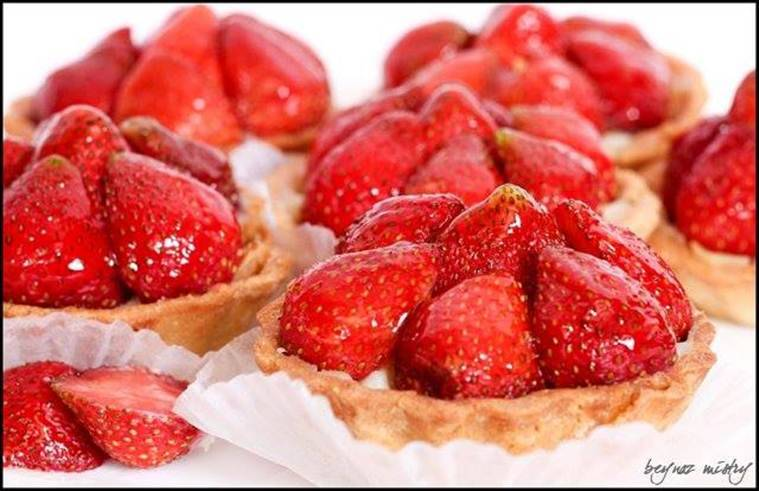 The special strawberry tart that is also the chef's favourite. (Source: Theobroma Patisserie Mumbai/ Facebook)