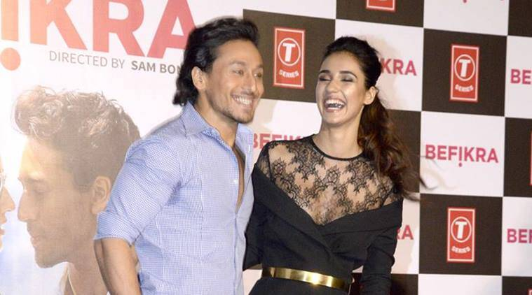 Disha Patani, Tiger Shroff, Disha Patani Tiger Shroff, Disha Patani Dating Tiger Shroff, Disha Patani tiger shroff dating, Disha Patani tiger shroff realtionship, Disha tiger, disha tiger kiss, disha tiger dating, Entertainment, indian express, indian express news