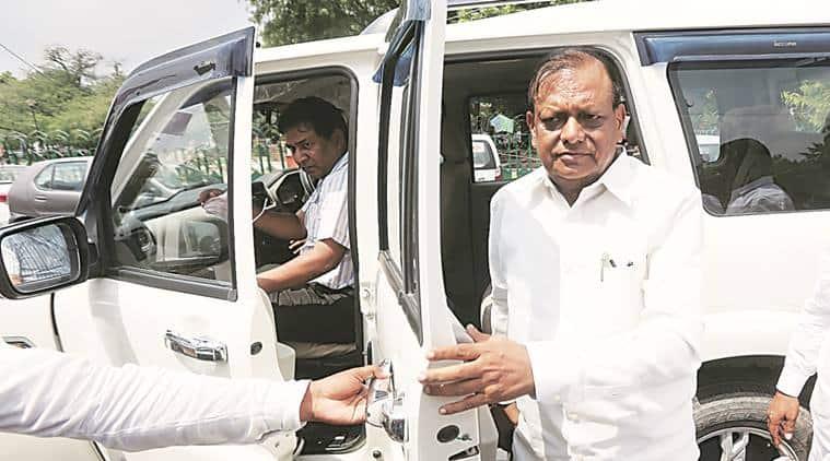 Uttar Pradesh Polls, Uttar Pradesh News,  R K Chaudhary, Mayawati, Dalit vote Bank in India, Dalits in Uttar Pradesh, Dalits of Pasi sub-caste, India news, Latest news