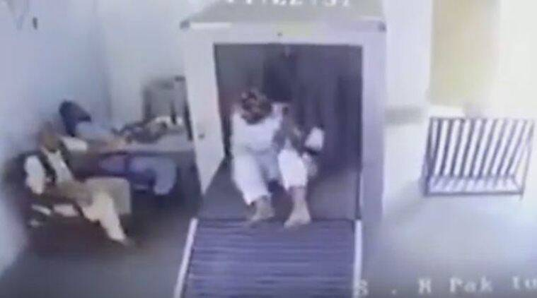 viral videos, trending videos, funny videos, security check, x ray, x ray machine security check, man passes through x ray machine, funny viral videos, latest news