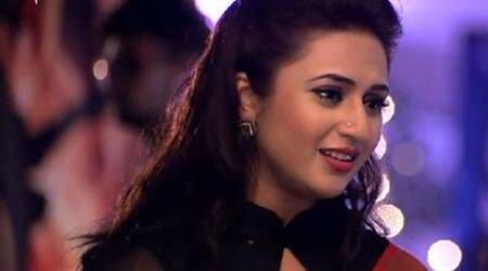 Yeh Hai Mohabbatein 24th September 2016 full episode written update: Aadi admits of revealing the real name of the culprit