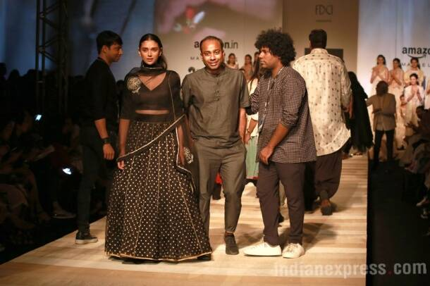 AIFW SS17: Aditi Rao Hydari embodies pure elegance as Sanjay Garg's showstopper