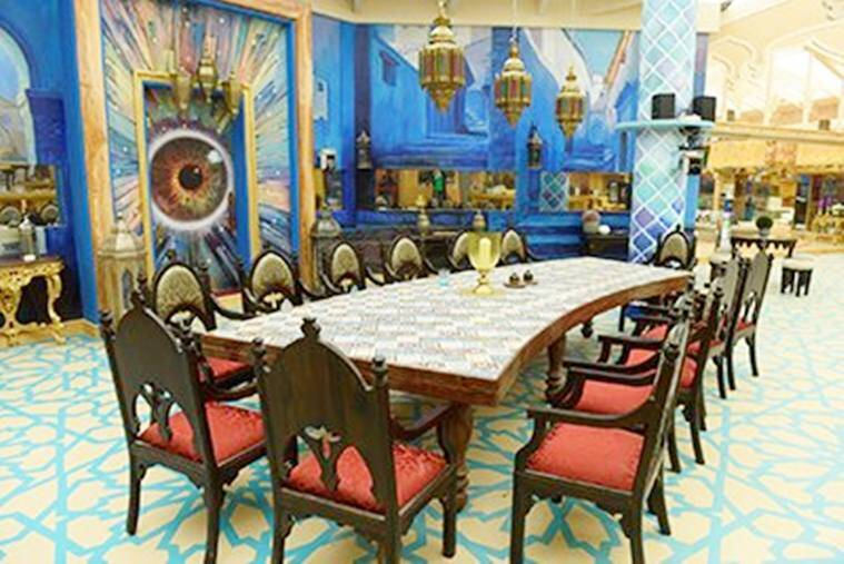 7__bigg_boss_10_dining_table_57f2459a9e97b0f1a9c569d531be9ae7