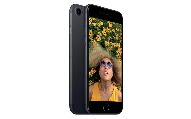 Apple, apple iphone 7, iphone 7, iphone 7 qualcomm chipset, intel iphone 7, qualcomm wireless modem in iphone 7, intel modem iphone 7, Qualcomm, intel, iphone 7 speeds, iphone 7 difference in speeds, smartphone, technology, technology news