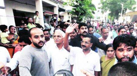 Back in Gujarat, Arvind Kejriwal aims higher