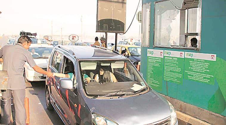 Bandra-Worli Sea Link, Bandra-Worli Sea Link toll, toll plaza, nigh workers, Bandra-Worli Sea Link suicide, Bandra-Worli Sea Link security, Bandra-Worli Sea Link traffic, indian express news, mumbai, mumbai news