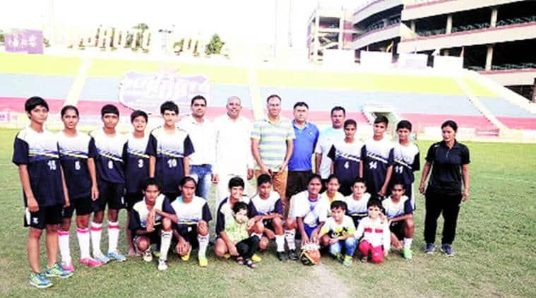 bhiwani, bhiwani girls, bhiwani football, bhiwani girls play football, bhiwani football, india news, indian express news