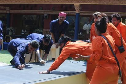 Bigg Boss 10 highlights: Commoners win the task, celebs are their servants