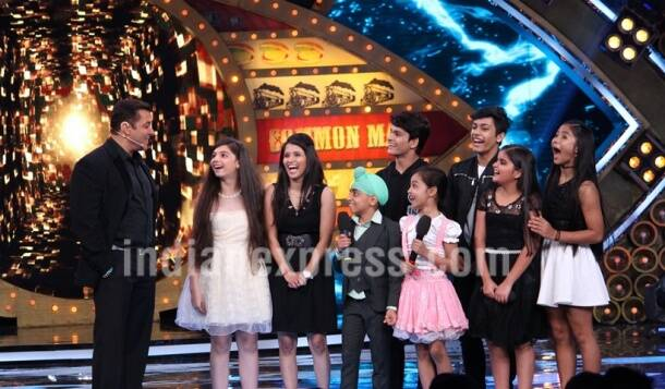 bigg boss 10, bigg boss, bigg boss comedy nights bachao taaza, bigg boss comedy nights bachao taaza jhalak dikhhla jaa, bigg boss bachao jhalak, big boss jhalak bachao, salman khan mona singh, jhalak, salman khan mona krushna, salman mona krushna bigg boss, big boss premiere, bigg boss 10 launch date, bigg boss performances, bigg boss jhalak kids, bigg boss bachao jhalak colors, bigg boss 10 news, bigg boss 10 pictures, television news, entertainment updates, indian express, indian express news