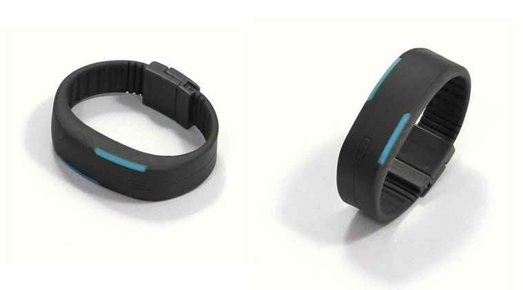 pedometre. fitness tracker, advantage from pedometre, advantage from fitness tracker, disadvantage from pedometre, disadvantage from fitness tracker, indian express, indian express news
