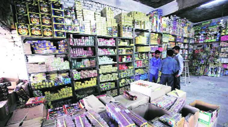chandigarh, chandigarh firecrackers, firecracker sale chandigarh, chandigarh firecrackers traders, chandigarh firecrackers sale, chandigarh news, indian express news