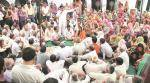 Dadri: Family of Akhlaq's murder accused drapes his body in tri-colour, refuses tocremate
