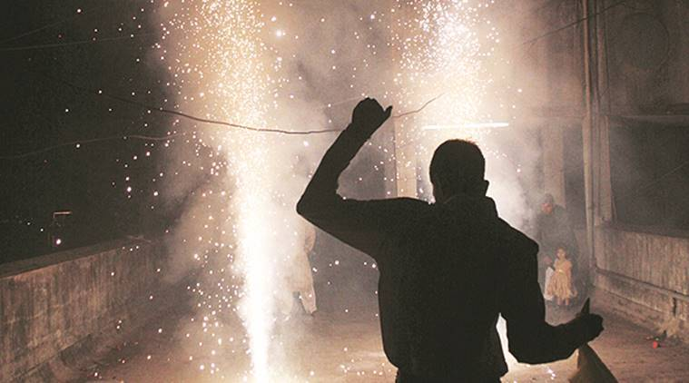 Firecrackers ban, firecrackers diwali, Diwali 2017, Firecrackers ban punjab, Jalandhar gurudwaras firecracker, Punjab villages firecrackers, punjab news, indian express news