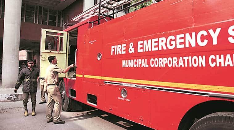 firecracker sale in chandigarh, chandigarh firecracker sale, chandigarh diwali, indian express,