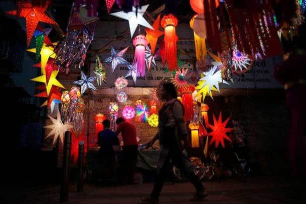 Diwali 2016: Stunning photos of people celebrating Deepavali around the world