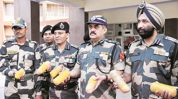 Heroin, Heroin seized, Heroin punjab, punjab drugs, drugs, Heroin punjab border, BSF, Punjab, Punjab news, Indian express news