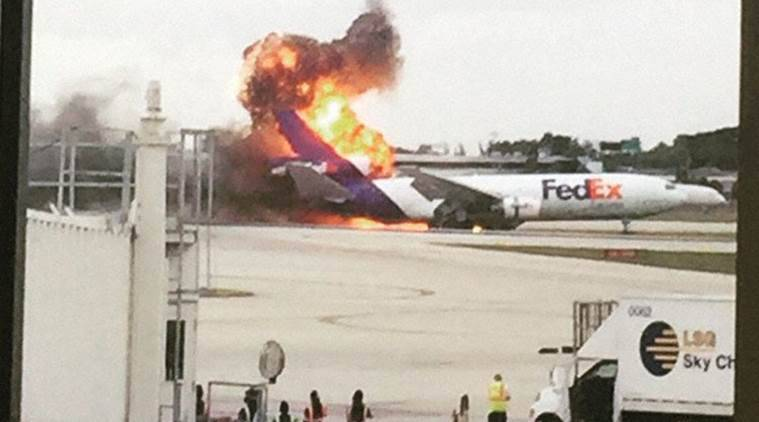florida, fedex plane, florida airport fire, fedex plane fire, florida fedex plane fire, Fort Lauderdale-Hollywood International Airport, florida fire, fedex fire, world news