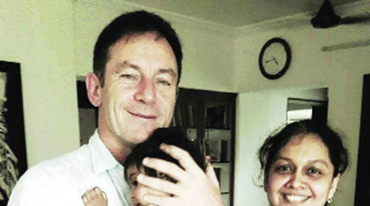 Jason Isaacs, british actor Jason Isaacs, Mumbai, foster family, child rights, Mumbai, mumbai news, India news, Indian express news