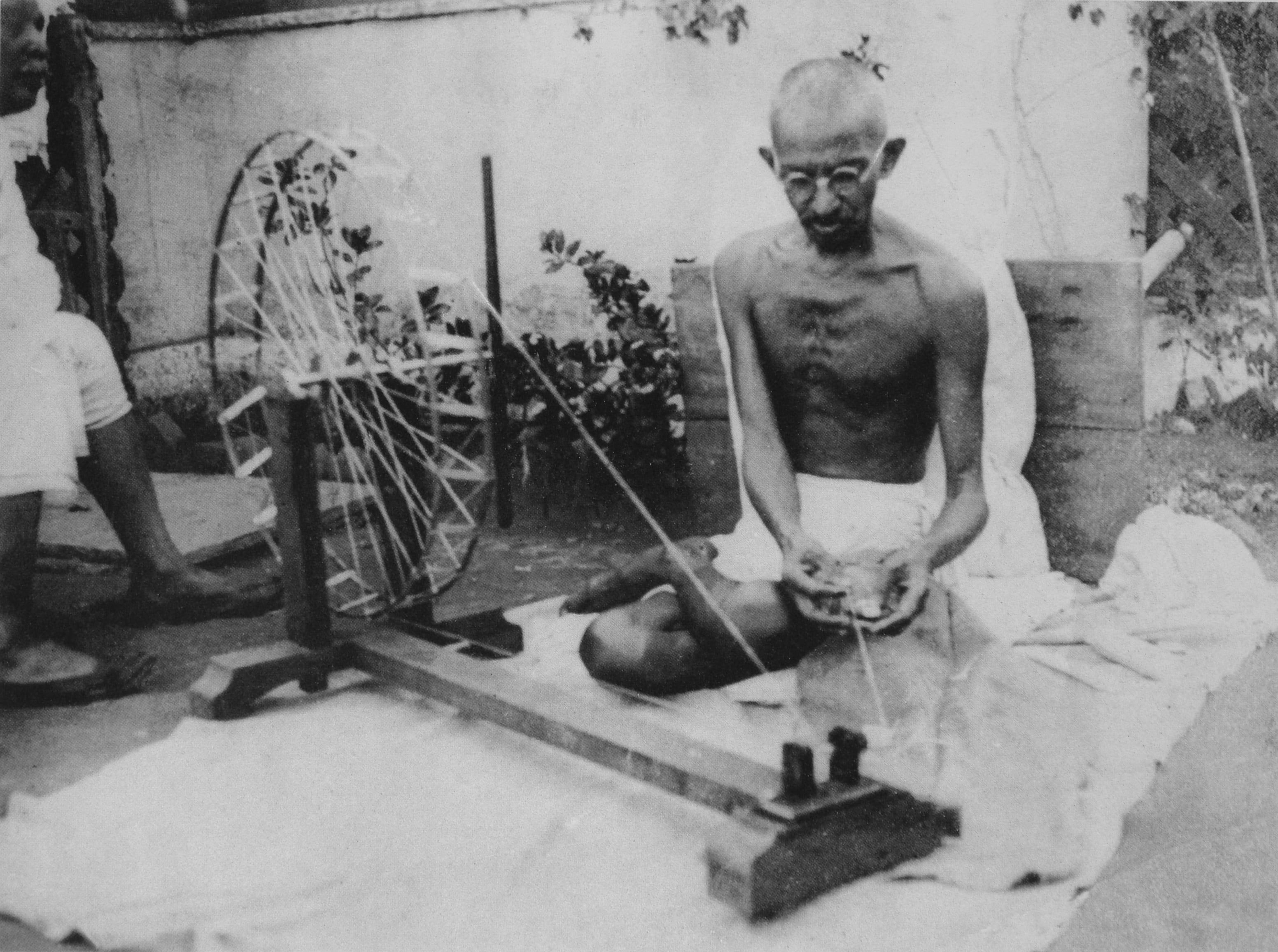 Mahatma Gandhi, Gandhi, 2 October, Gandhi Jayanti 2017, Gandhi jayanti, Gandhi birthday, second october, 2nd october, Gandhi history, Indian history, Indian national movement, Indian freedom struggle, Shahid Amin, Indian express