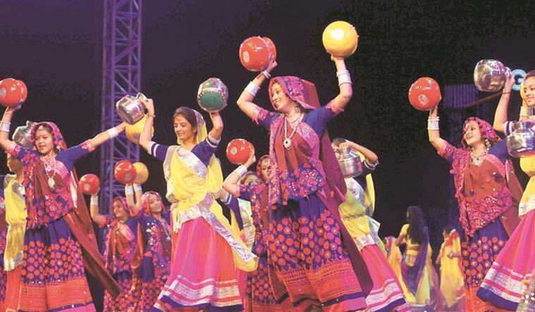 garba, gujarat garba, gujarat rain, garba nights, navratri, navratri nights, muslim ban garba, bharuch garba case, indian express news, gujarat news, india news