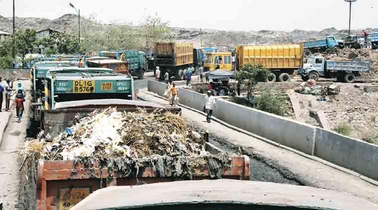 mcd, garbage collection, kude walla, municipal corporation of delhi, delhi govt, indian express