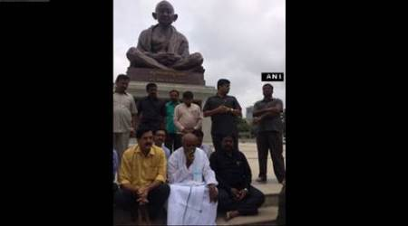 Former PM HD Deve Gowda begins hunger strike over Cauvery issue