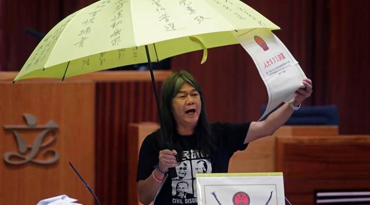 hong kong, hong kong lawmakers oath, pro beijing activists, hong kong protests, hong kong news, world news, indian express news