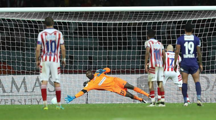 Chennaiyin FC goalkeeper Duwayne Kerr can't save the penalty during match 2 of the Indian Super League (ISL) season 3 between Atletico de Kolkata and Chennaiyin FC held at the Rabindra Sarobar Stadium in Kolkata, India on the 2nd October 2016. Photo by Ron Gaunt / ISL/ SPORTZPICS