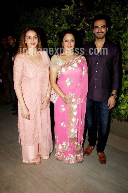 Hema Malini, Hema Malini birthday, hema birthday, Hema Malini pics, Hema Malini images, Hema Malini photos, amitabh bachchan, Shatrughan Sinha, Shatrughan Sinha images, Shatrughan Sinha pics, amitabh hema, hema amitabh, esha deol, entertainment news, indian express, indian express news