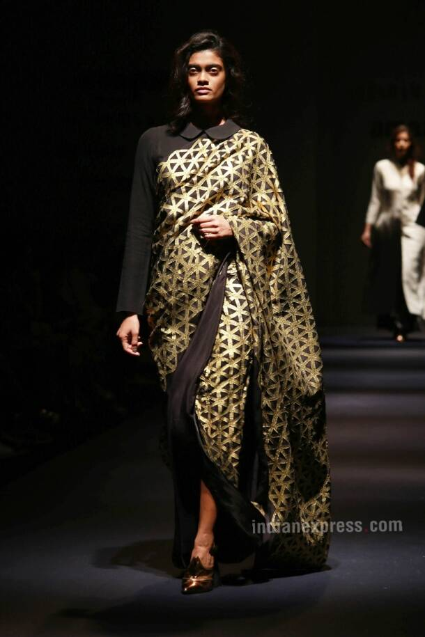 AIFW SS17: Abraham & Thakore Add Glamour To Hand-spun Khadi