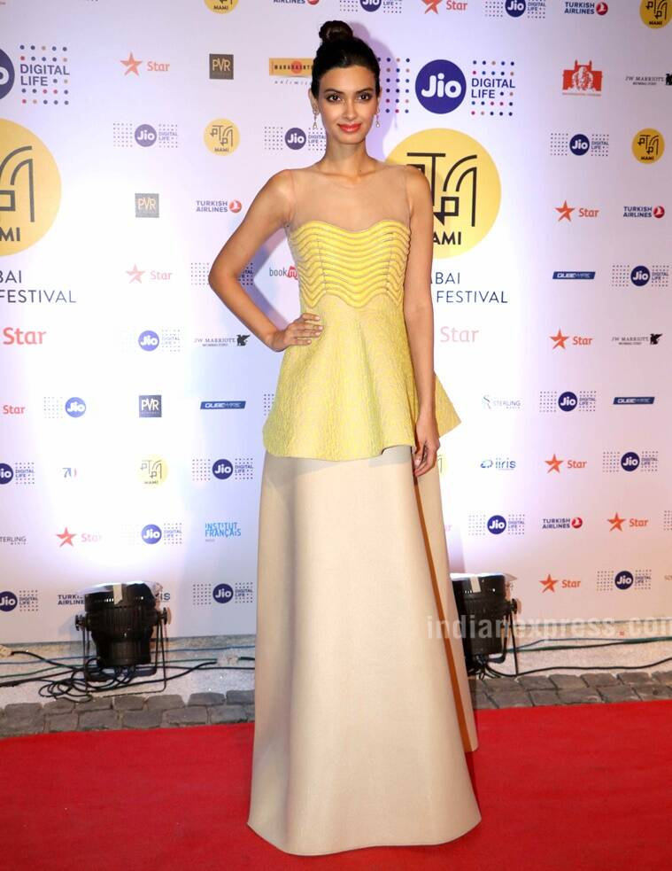 Diana Penty kept it classic with an Amit Aggarwal gown. (Source: Varinder Chawla)