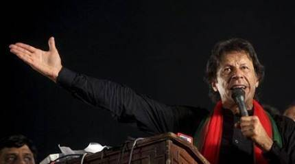Pakistan police arrests Imran Khan, around 40 activists ahead of protest rally against Nawaz Sharif
