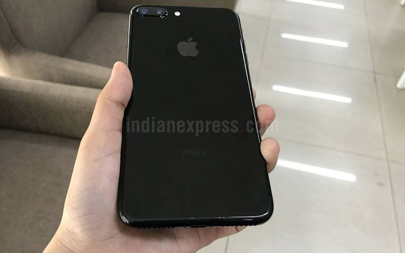 iphone 7 plus black unboxing. apple iphone 7 plus, plus review, apple, iphone black unboxing o